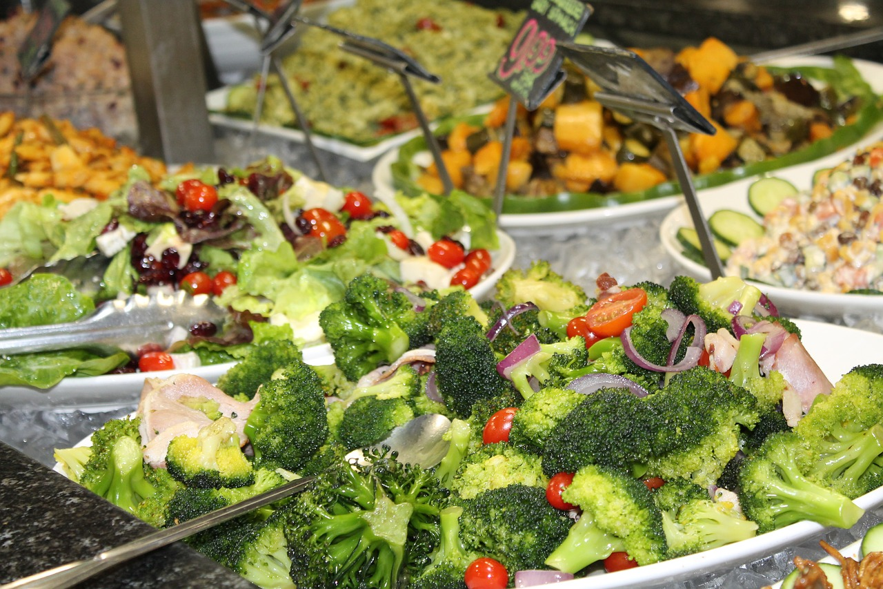 broccoli salad with walnuts
